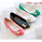 Charm Design Soft Leather Classic Women Flat Shoes